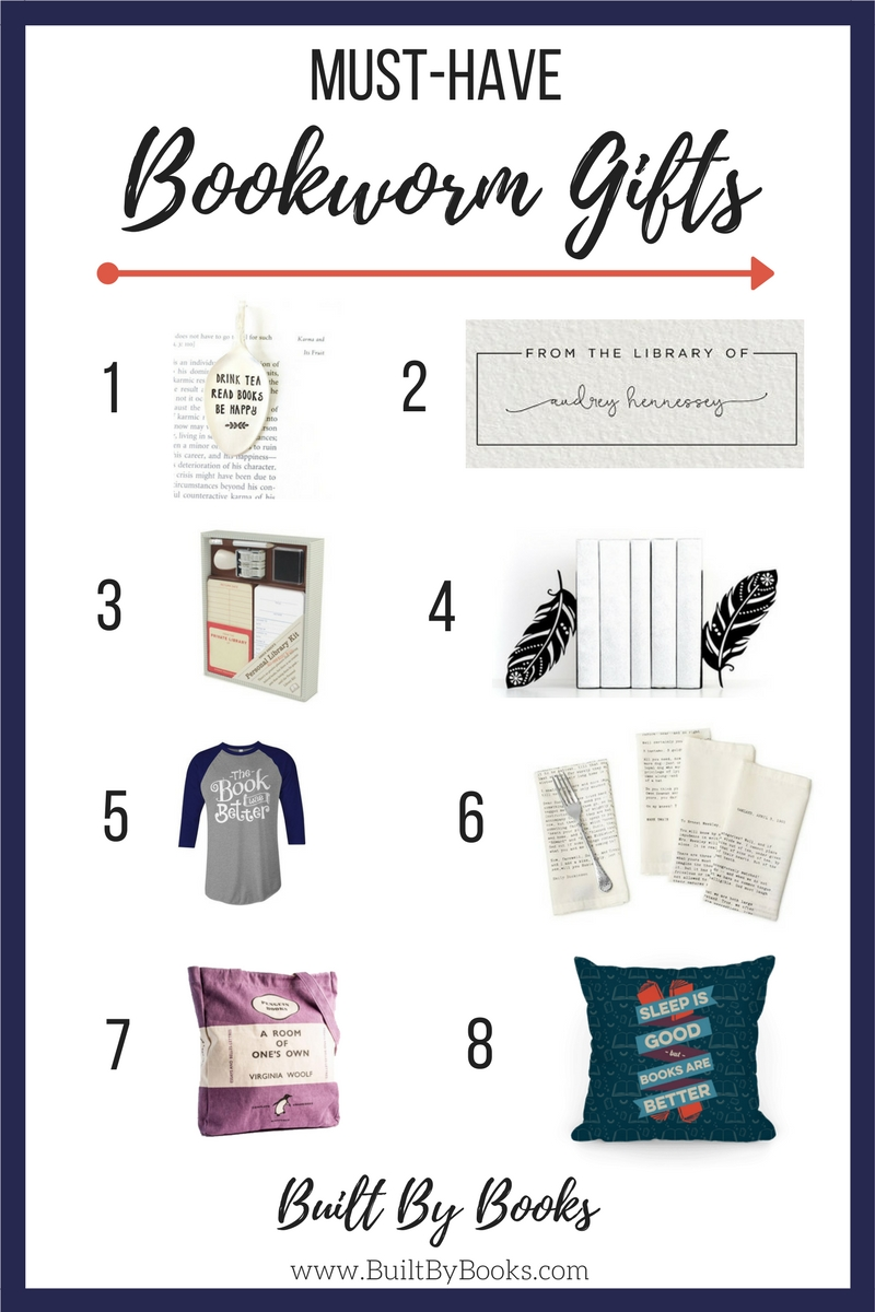Need gift ideas for the book lovers in your life? Or want to treat yo' self? Check out our favorite bookworm gifts this month.